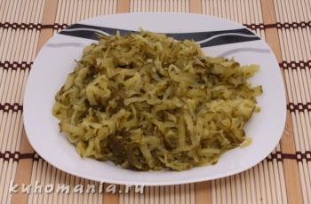 натертые соленые огурцы - фотография пошагового приготовления блюда Салат