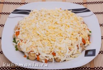слой потертых яиц - фотография пошагового приготовления блюда Салат