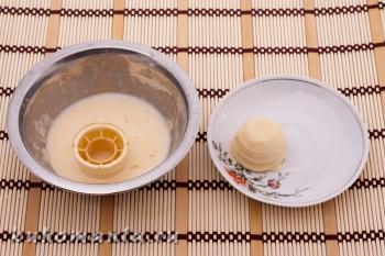 корзинки смоченные в яйце - фотография пошагового приготовления блюда Корзинки с мясным фаршем под сыром