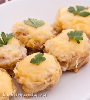 мясные корзинки - фотография пошагового приготовления блюда Корзинки с мясным фаршем под сыром