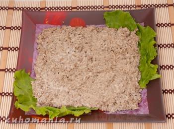 выложенный слой печенки с ченоком
